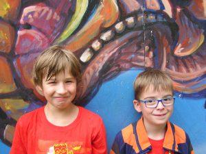 Die Tüftler Finn (li.) und Casimir (re.)
